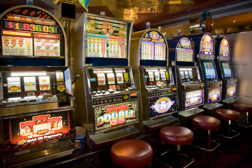 how online slots fare when compared to offline ?